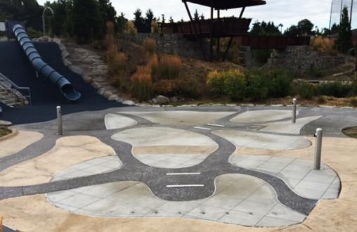 Decorative concrete, Architectural concrete,  Lithocrete concrete, spray park, splash pad, pervious concrete, by Belarde Company, Beacon Mountain Park, Seattle, Washington